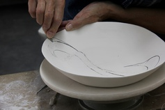 Learn how to carve in porcelain by Antoinette Badenhorst in handbuilding dinnerware e-course from TeachinArt online art school